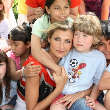 Tommy Lise делает мир лучше вместе с благотворительным фондом Терезы Максовой